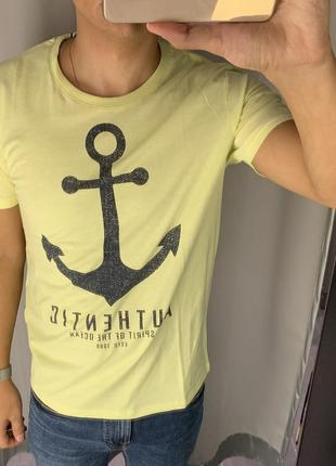 Лимонная хлопковая футболка fishbone есть размеры