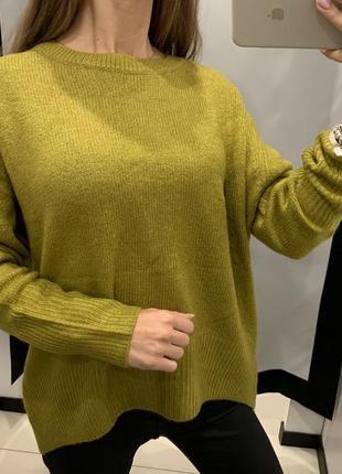 Тёплый свитер цвета сухой травы кофта пуловер amisu размер m