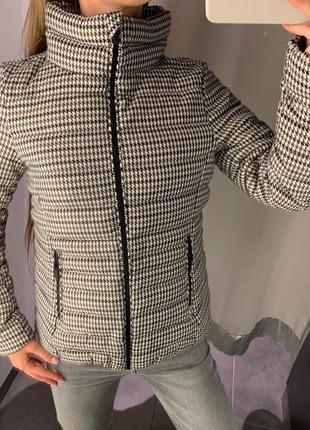 Тканевая куртка в мелкую клетку курточка amisu есть размеры