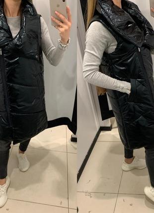 Тёплая чёрная жилетка стеганый жилет mohito есть размеры