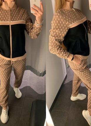 Плотный спортивный костюм amisu есть размеры