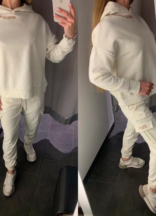 Утеплённый молочный спортивный костюм комплект amisu есть размеры