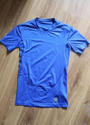 Отличная компрессионная термо футболка для спорта nike pro com...