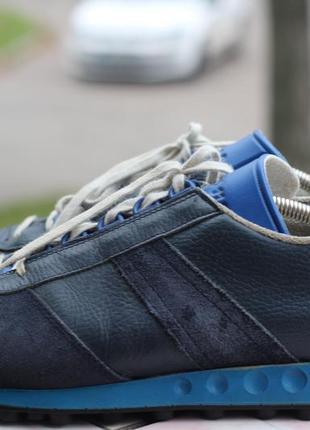 Винтажные кроссовки adidas 44-45