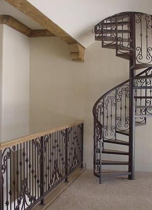 Изготовление винтовых лестниц в Николаеве и области