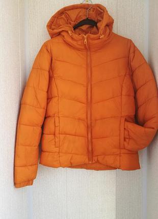 Демисезонная стеганная куртка пуховик