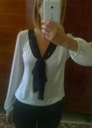 Трикотажная блузка с шифоновыми рукавами