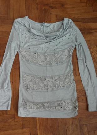 Очень красивая нежная трикотажная блузка/кофточка с вставками ...