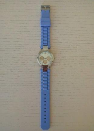 Часы женские (фиолетовые)