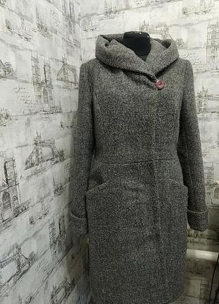 Серое пальто осень зима с капюшеном