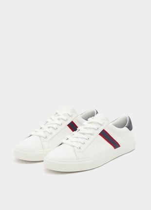 Белые тканевые кроссовки кеды с полосками сбоку шнуровкой текс...