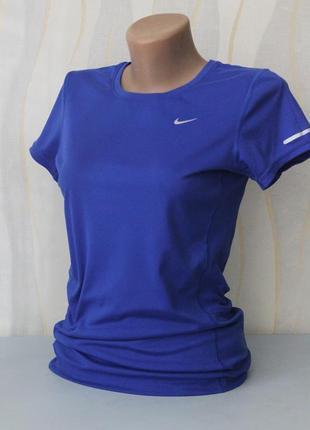 Спортивная футболка для фитнеса спорта от nike dri-fit