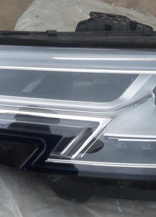Audi A4 B9 Фара 8W0941773  8W0 941 773