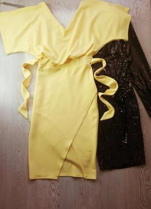 Желтое длинное платье миди на запах поясом секси вырезом декол...