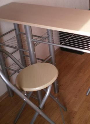 Барный стол и два стула