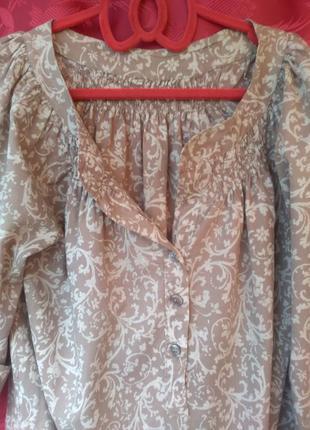 Блуза с цветочным узором вензеля р.48-50 блузка з квітковим ві...