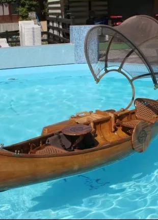 Лодка(каноэ) декоративная,