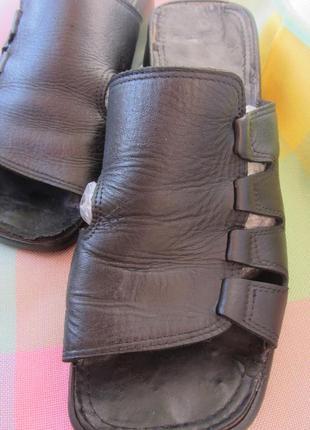 Кожаные, женские шлепанцы, босоножки р.41 на широкую ногу