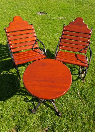 Садовий комплект. Крісло-качалка. Стіл.