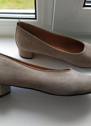 Стильные туфельки на маленьком каблучке от h&m