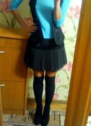 Плиссированная юбка. Черная с кружевом
