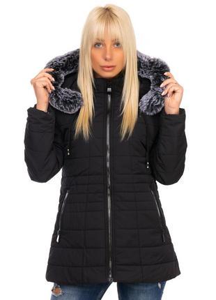 Демисезонная куртка женская  черная с капюшоном на молнии ниже...