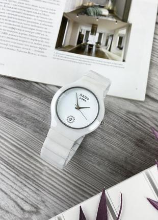 Жіночий lux годинник rado jubile diamonds
