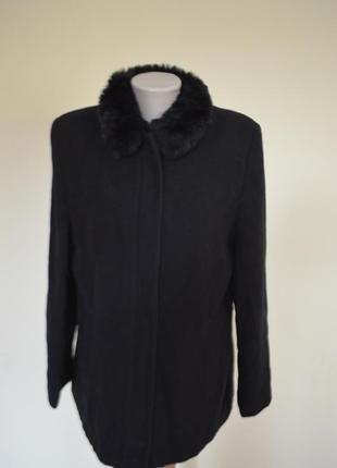Шикарное брендовое пальто шерсть 69% черное на молнии