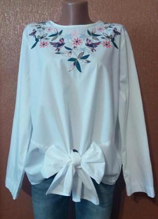 Белая блузка с вышивкой,завязками размер 16-18 m & s