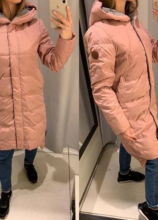 Пудровое пуховое пальто куртка пуховик reserved есть размеры