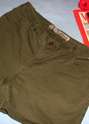 Шорты женские короткие цвета хаки размер 46 / 12 новые стрейче...
