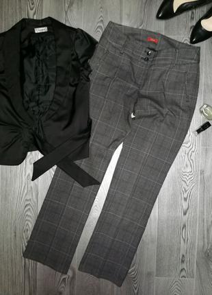 Лаконичные базовые брюки для делового гардероба