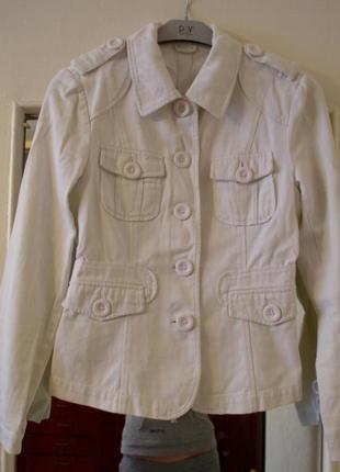 Белый молочный пиджак котон весна размер s neckermann