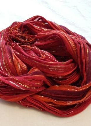 Красивый шарф платок в полоску
