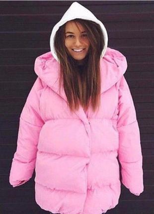 Женское дутое пальто с капюшоном