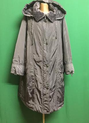 Тёплое длинное демисезонное пальто с капюшоном  на меховом фли...