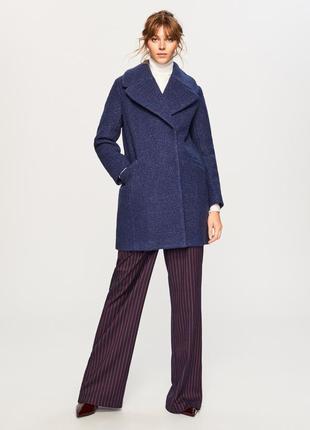 Продам новое женское тёплое пальто reserved