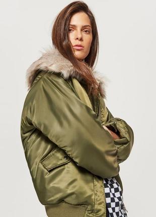 Новая женская демисезонная тёплая куртка без капюшона с мехом ...
