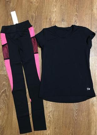 Костюм для фитнеса лосины и футболка