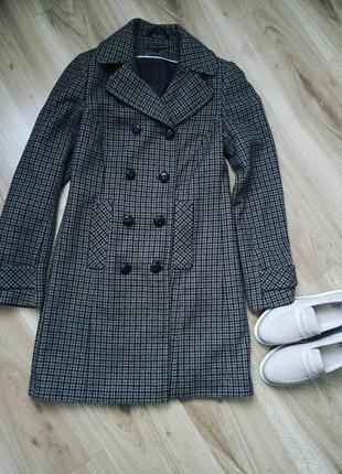 Клетчатое пальто шерстяное двубортное