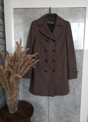 Клетчатое шерстяное пальто модное