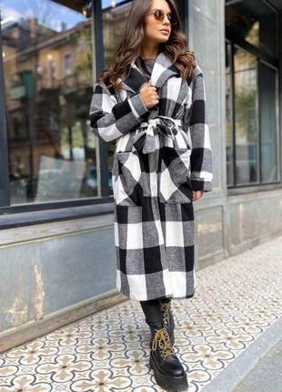 Длинное пальто клетчатое трендовое