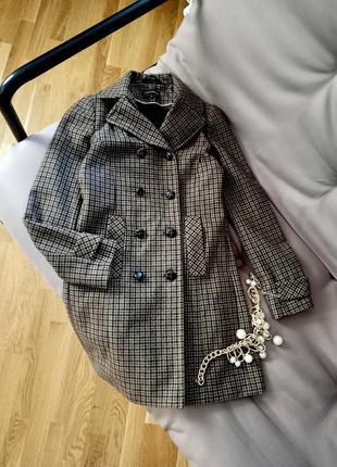 Клетчатое двубортное шерстяное пальто