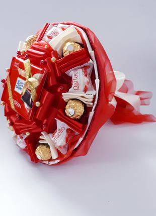 Букет из конфет и шоколадом Ritter красный Марципан