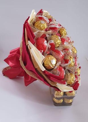 Букет из конфет сладкий конфетный подарок на день рождения жен...