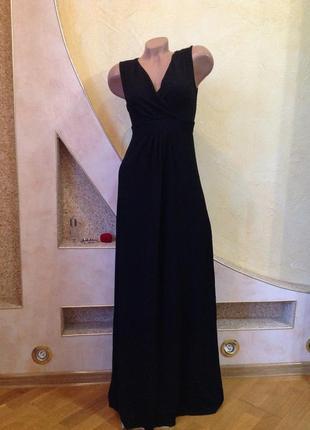 Длинное черное трикотажное платье макси в пол
