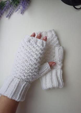 Митенки белые ручная работа перчатки без пальцев идея подарок