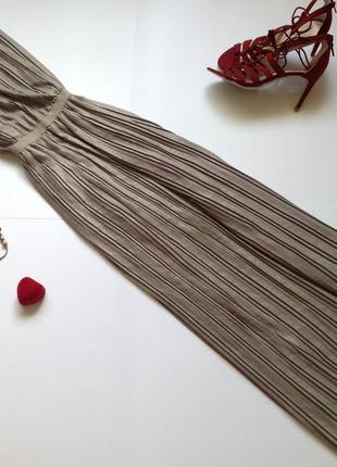 Длинное плиссированное платье макси в пол bcbg maxazria
