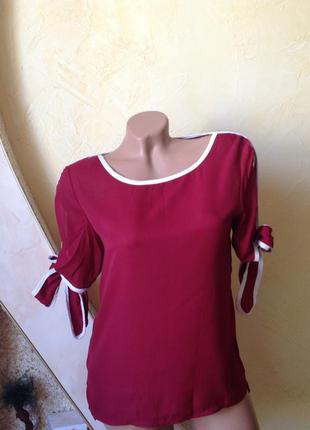 Шифоновая блуза с прорезями на рукавах