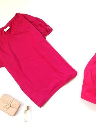 Розовая футболка большого размера
